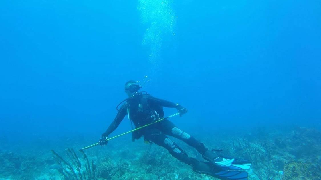 Sully Sandchez spear fishing