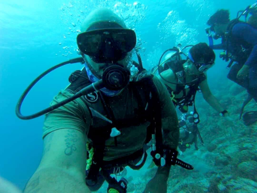 James Alicea diving